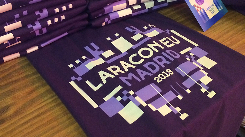 It was a nice surprise to see that the Laracon t-shirts had our company colours